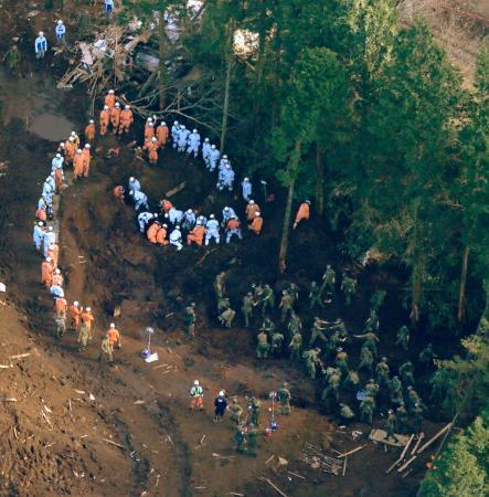 熊本県南阿蘇村の河陽地区で再開された行方不明者の捜索活動